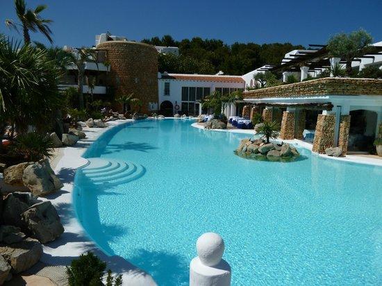 Hacienda Na Xamena, Ibiza : Une des piscines