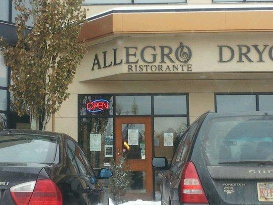 Italian Restaurant Near Downtown Calgary