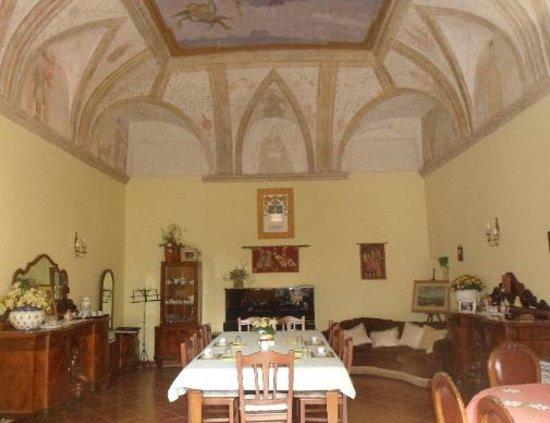 Villa San Pietro: the breakfast room