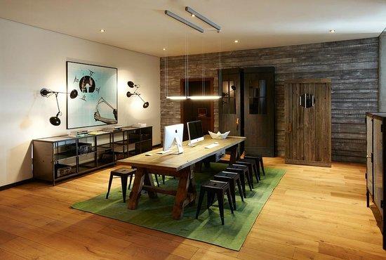 m koje fotograf a de 25hours hotel hafencity hamburgo. Black Bedroom Furniture Sets. Home Design Ideas