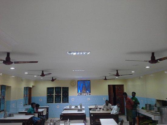Sri Lakshmi Chetti Nadu Mess - Sree Vengateshwaraa Inn: y they name it as mess?