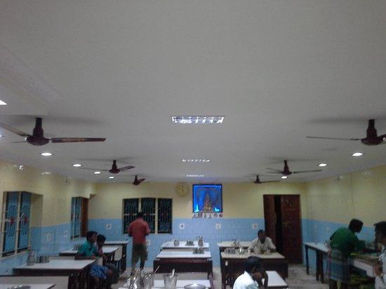 Sri Lakshmi Chetti Nadu Mess - Sree Vengateshwaraa Inn: y they name it mess?