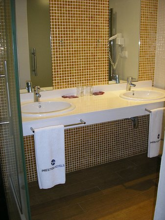 Prestige Hotel Mar y Sol Elit : salle d'eau