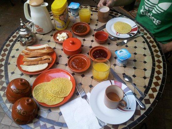 Dar Amanza: Le petit déjeuner