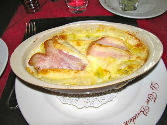 Le Tire Bouchon: Munster potato gratin