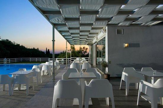 Pefki, Greece: Restaurant