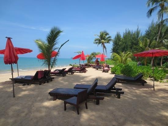 The Andamania Beach Resort: ein gepflegter Strand