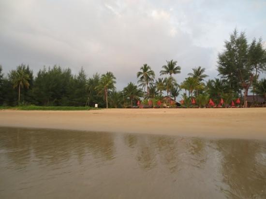 The Andamania Beach Resort: Beach