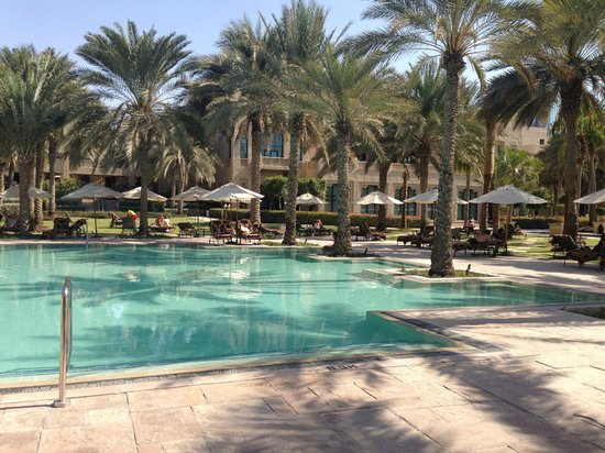 Arabian Court at One&Only Royal Mirage Dubai : Piscine Palace