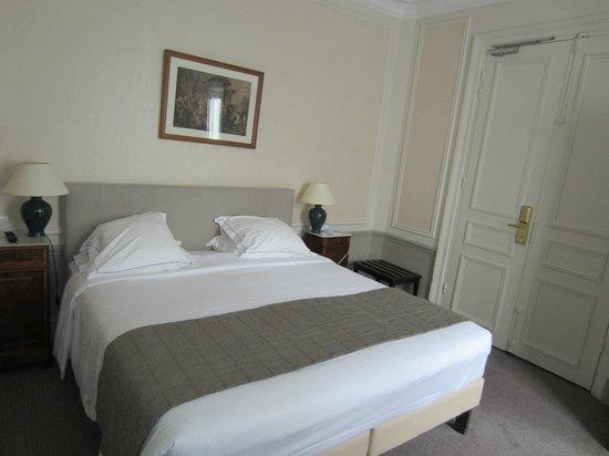 Hotel Mansart - Esprit de France : habitación