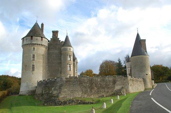 Château de Montpoupon : Le chateau
