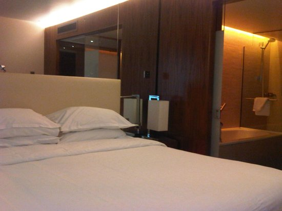 Sheraton Grand Hotel & Spa: Room