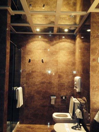 Hotel Atlantico: Superior room bathroom