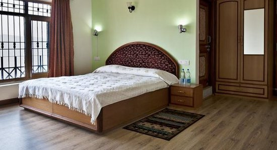 Aapo Aap Home Stay: Deluxe Room