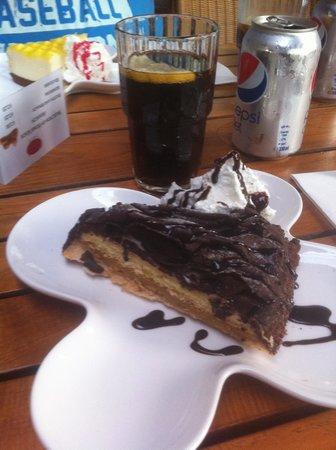 Cara's Cafe