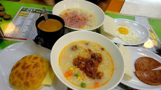 Vic's Hong Kong Style Cafe