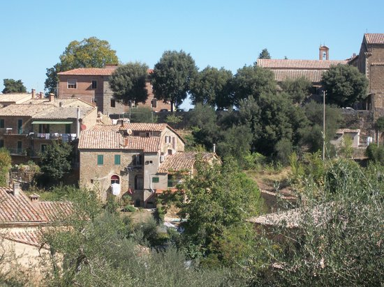 Suite d'Artista: View of property from Village proper, Montalcino