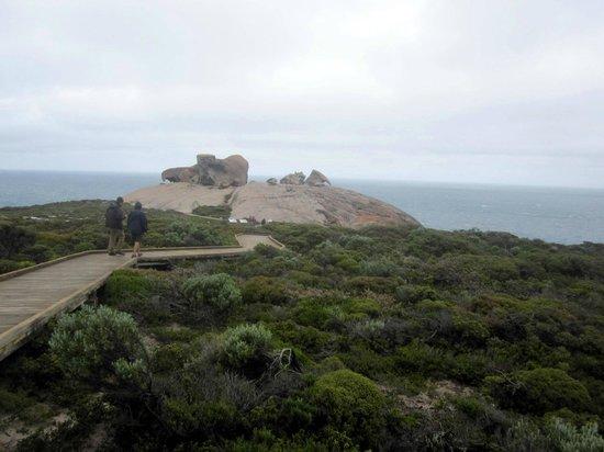 Kangaroo Island Odysseys: Gehweg zu den Remarkable Rocks