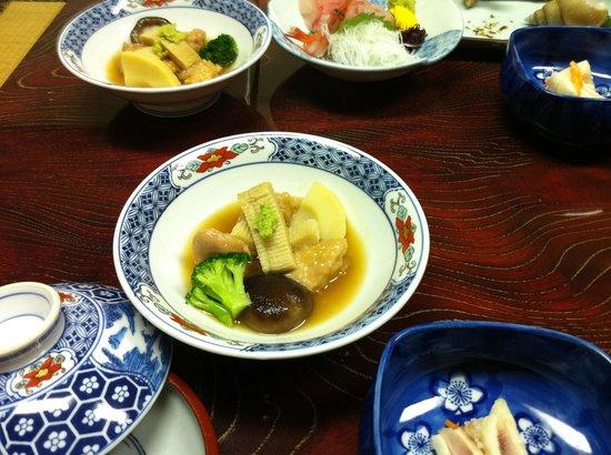 Nakayasu Ryokan: 治部煮