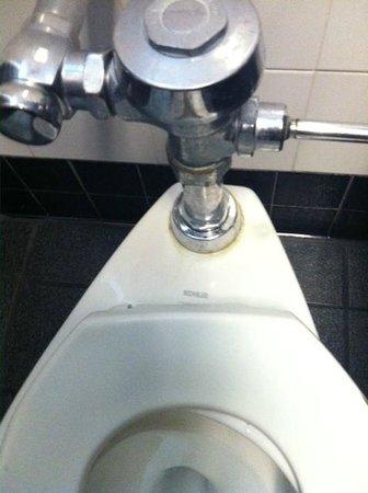 Applebee's: Applebees bathroom