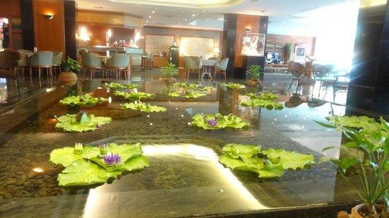 Bangkok Hotel Lotus Sukhumvit: Lobby