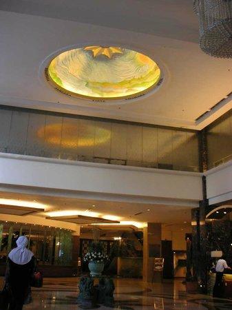 Grand Sahid Jaya Hotel : レセプション付近
