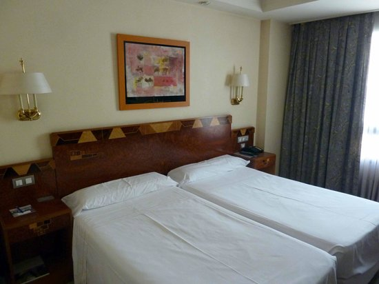 Hotel Abando: habitacion