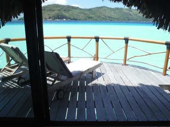 Bora Bora Pearl Beach Resort & Spa: la vue de notre lit