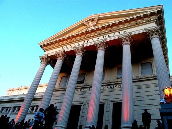 متحف لا بلاتا للعلوم الطبيعية