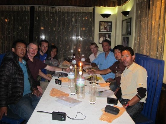 Kilroy's of Kathmandu: Supper at Kilroy's with our climbing team