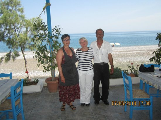 Antonis Restaurant: Добродушные хозяева
