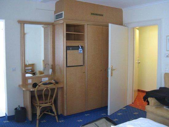 Drei Loewen Hotel: Room - pic 3