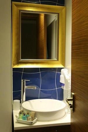 """Nowy Efendi Hotel """"Special Class"""": Bathroom"""