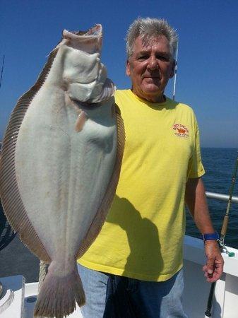 Summer fluke fishing picture of captain lou fleet for Captain lou fishing