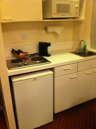 The Milburn Hotel : kitchen
