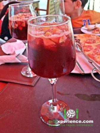 Esplanada Grill : Red Wine Sangria