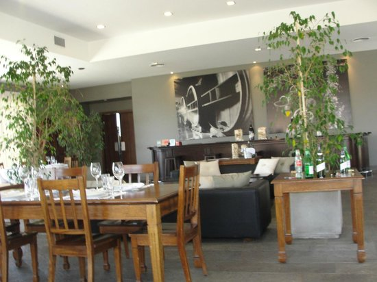 Bodegas Lopez : Restaurante