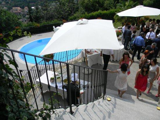 Aperitivo a bordo piscina picture of ristorante da - Piscina alzano lombardo ...