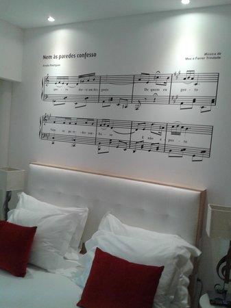 Hotel da Musica: decoración habitación