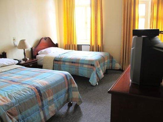 Hostal La Castellana: Double Room
