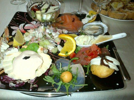 La Masseria: l'ottimo antipasto di pesce...