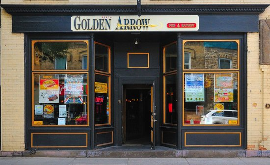 The Golden Arrow Pub and Eatery