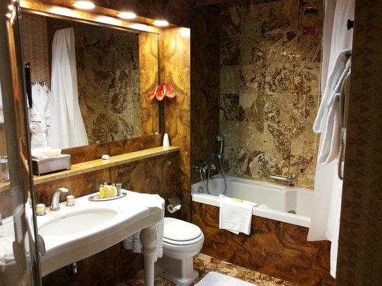Milan Marriott Hotel : Bagno Vasca