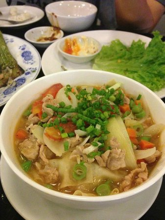 Cato Restaurant: soya wonton soup83963969