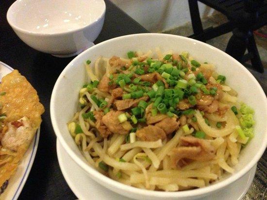 Cato Restaurant: Cao Lau