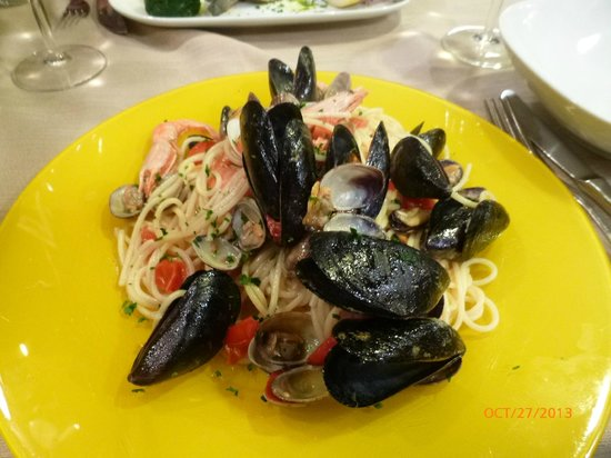 Osteria Ae Cravate : Practically all the mussels were shells with no flesh