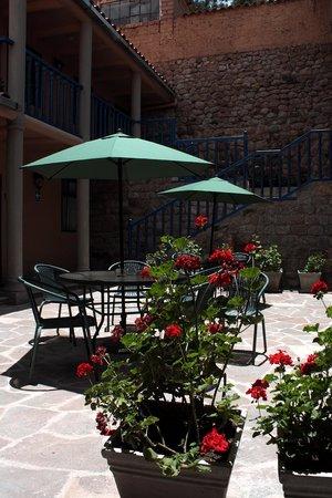 Tierra Viva Cusco Saphi: Inner courtyard 2