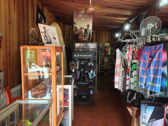 Marea Surf Shop Cafe': A view of the shop.