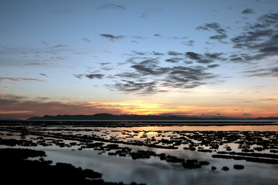 Libertador Lake Titicaca: Sunrise across Lake Titicaca