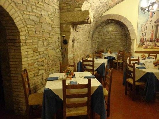 Il Menestrello : Il ristorante